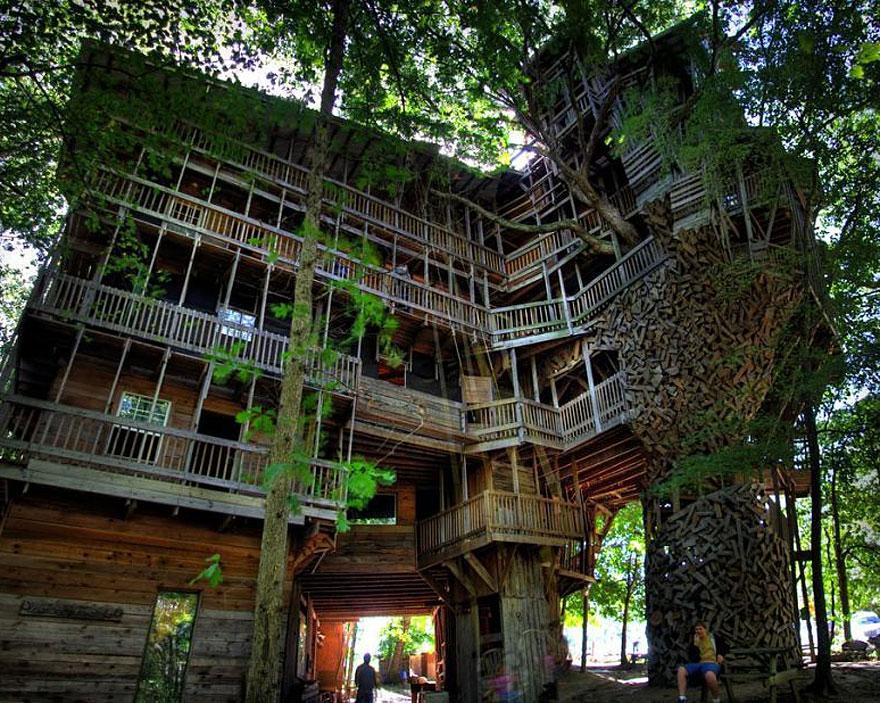 amazing-treehouses-3