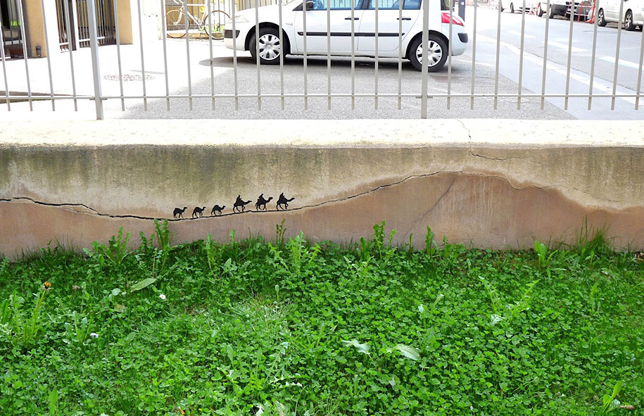 Passa la carovana, Francia