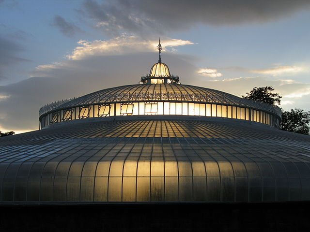 640px-Kibble_Palace_in_the_Botanic_Gardens
