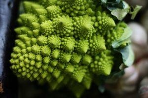 broccolo romanesco e frattali. Ricetta con la pasta