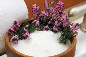 Sale di Epsom per fertilizzare i fiori perché ricco di magnesio