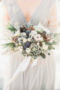 Bouquet da sposa invernale per matrimonio invernale