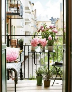 Arredare balcone primavera idee 18