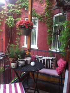 Arredare balcone primavera idee 09