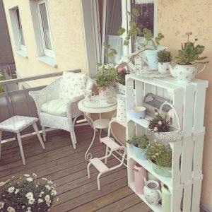 Arredare balcone primavera idee 23