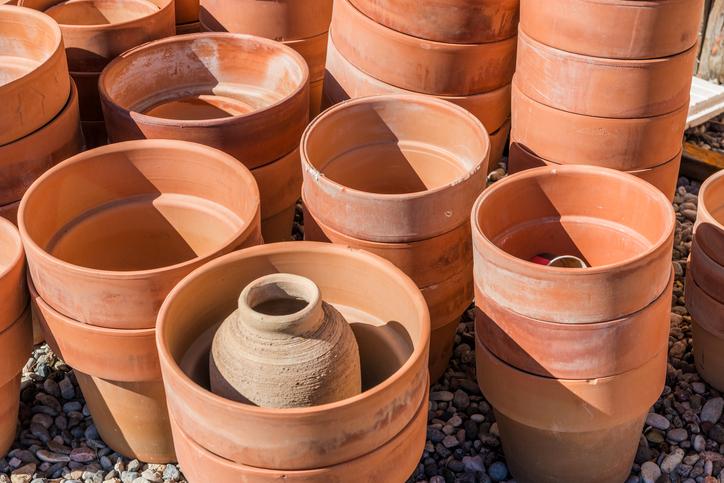 Pulire vasi sporchi bicarbonato