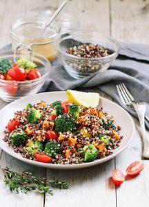 Insalata estiva di quinoa e verdure ricetta