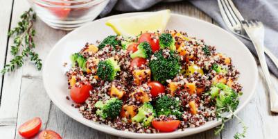 Ricetta insalata estiva quinoa e verdure