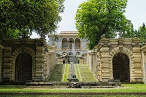 palazzo farnese giardini 01