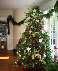 decorazioni alberi natale fiori 08