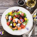 insalata con fiori ricetta
