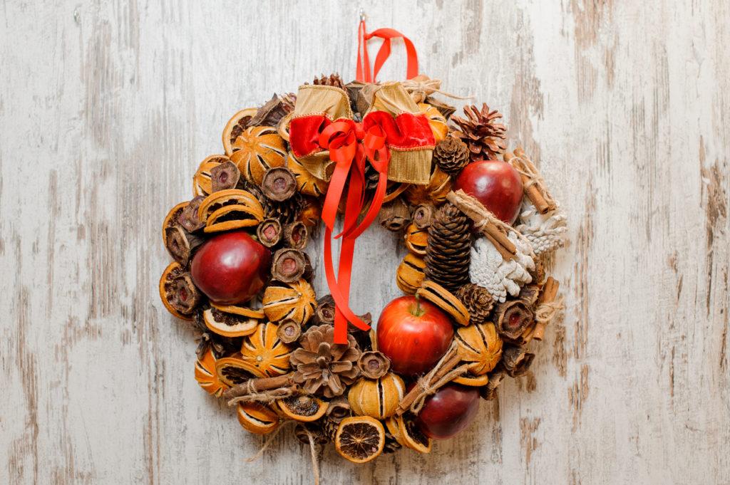 Ghirlanda natalizia con mandarini